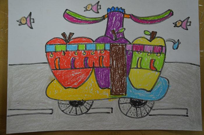小孩苹果画画图片