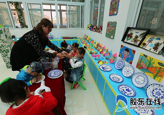 幼儿剪纸葫芦步骤