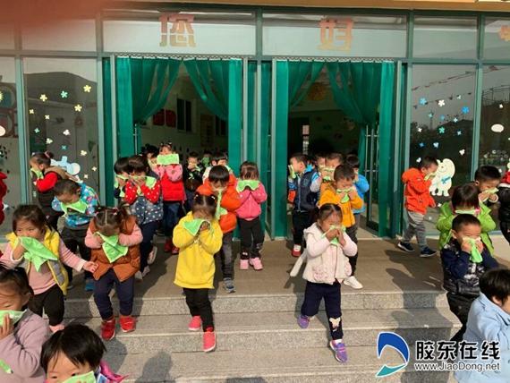 张星镇中心幼儿园2018年119消防日专题活动